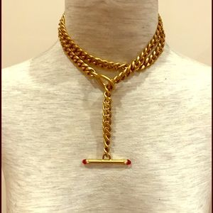 Jewelry - Vintage yellow metal and red stone chain necklace.
